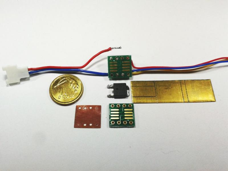 esc-tiny10-06.jpg