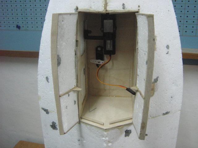 komora przedniego podwozia (1).JPG