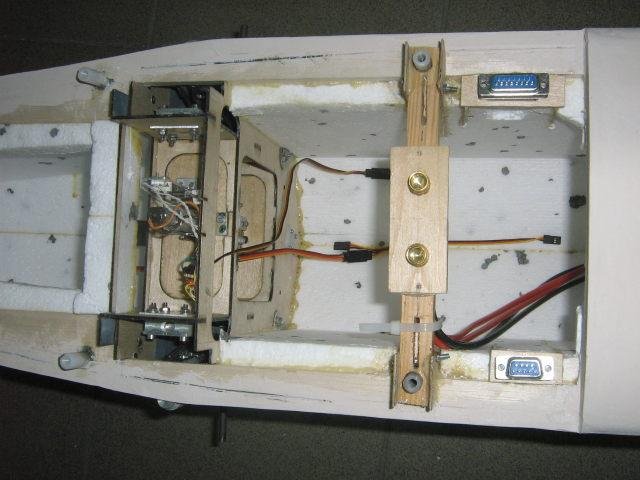 Sekcja podwozia głównego.JPG